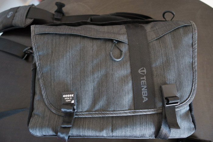 The closed front of the Tenba Messenger Camera Bag