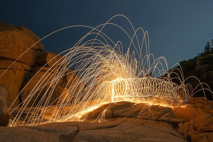 Awesome demonstration of steel wool photography in spirals