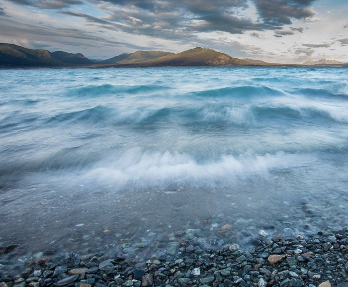 Coastal photography: waves captured with long exposure motion blur