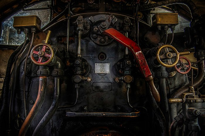 Raw vs JPEG - a vibrant image of a steam engine achieved by shooting Raw