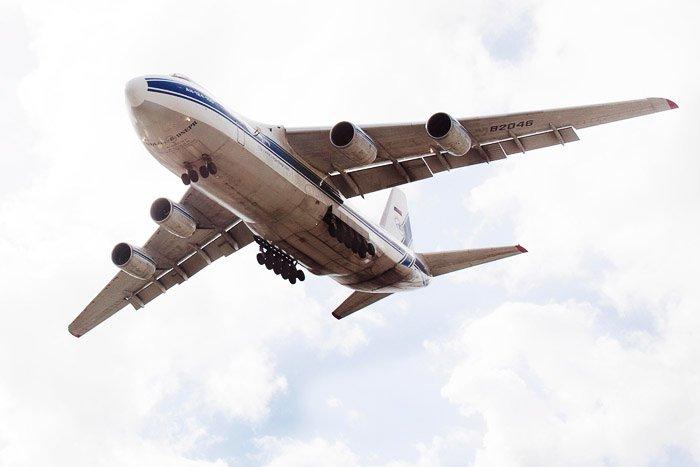 Russian Antonov AN-124 under-view