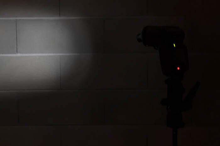 DIY speedlights controlled light