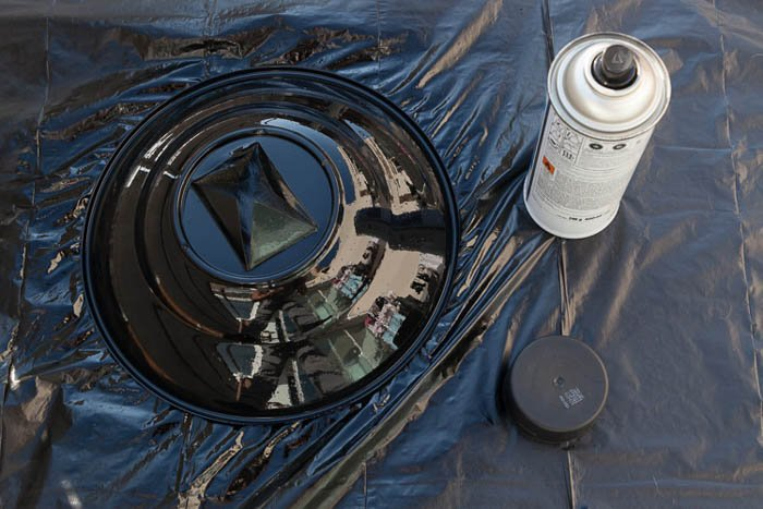 diy photography painting a plastic bowl black