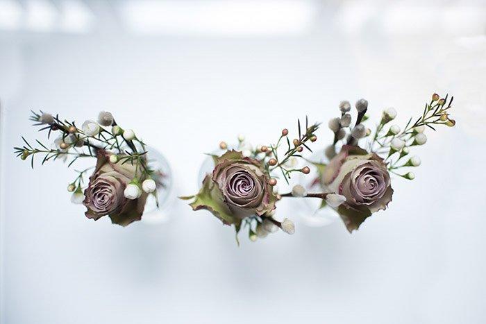 Three roses at a wedding