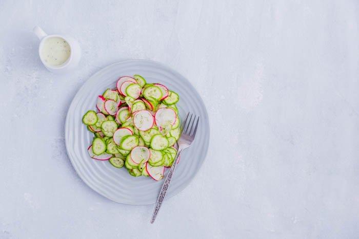 radish and cucumber salad with sauce