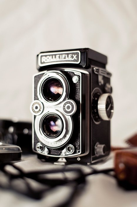 rolleiflex film camera