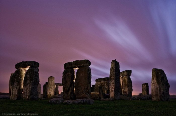 Atmospheric night photography of Stonehenge by Ken Geiger. Famous photographers to follow online