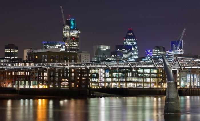 A stunning cityscape photography shot of London at night
