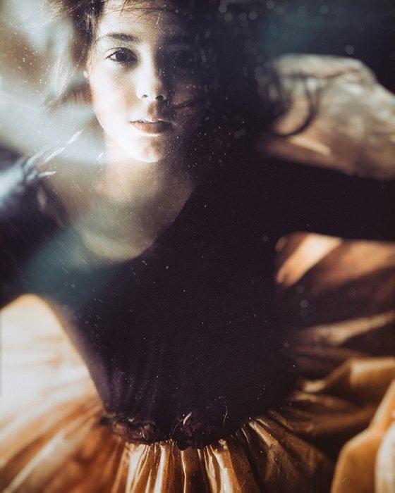Velizar Ivanov surreal photography portrait of a girl underwater