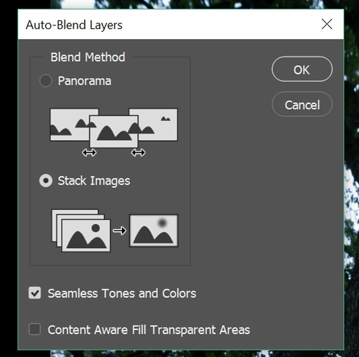 Screenshots of auto blending layers for focus stacking images in Photoshop