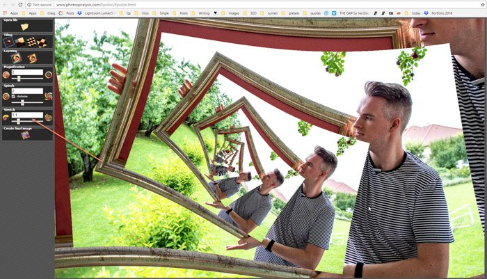 Screenshot of changing the stretch on Photospiralysis to create a droste effect photo