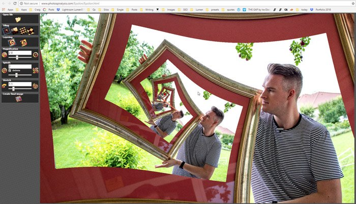 Screenshot of changing the magnification on Photospiralysis to create a droste effect photo