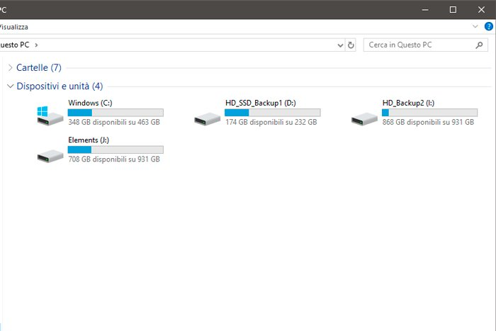 Screenshot of a hard disk and backup space icons