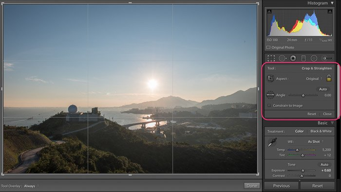 A screenshot of how to crop a picture on Photoshop