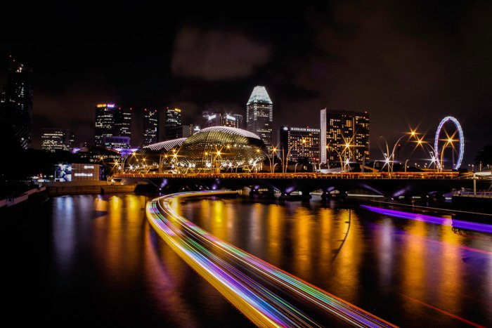 A stunning cityscape photo at night captured using the 180 degree rule
