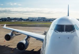 How to Use Hyperfocal Distance For Sharper Pictures Aircraft at the Airport