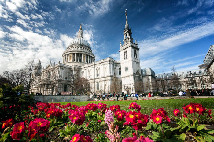 At Pauls Cathedral - best photo spots for London Photography