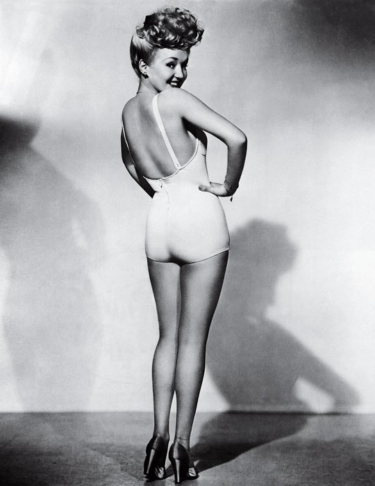 Betty Grable, iconic photos by Frank Powolny
