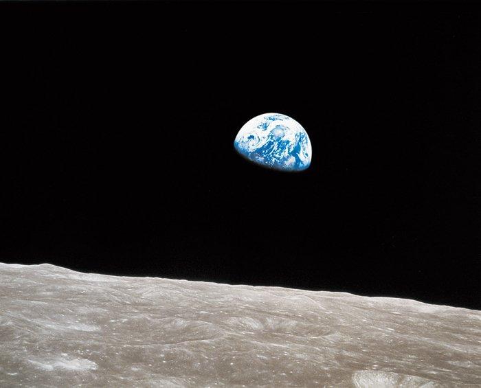 Earthrise -William Anders / NASA