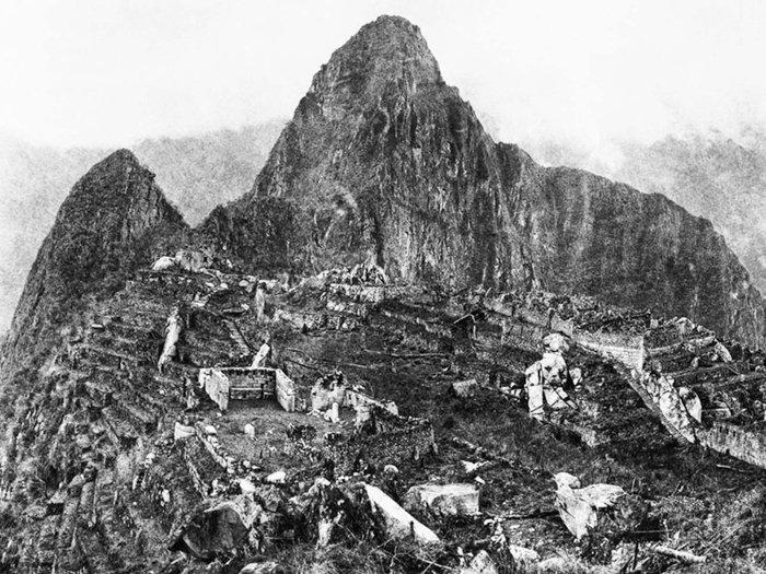 The First Photograph Upon Discovery of Machu Picchu -Hiram Bingham (1911)