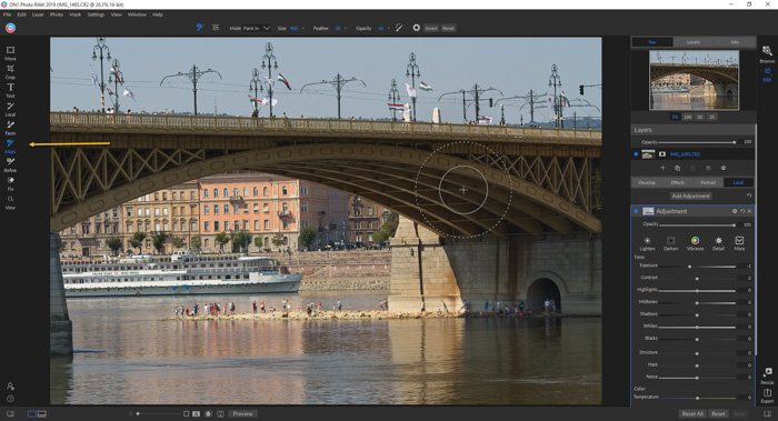 A screenshot of editing a photo with On photo raw - Skylum's Luminar review