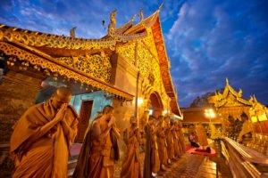 Temple Evening Prayers 6 Tips for Using Shallow vs Deep Depth of Field
