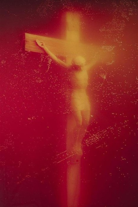 Immersions (Piss Christ) - Andres Serrano (1987)