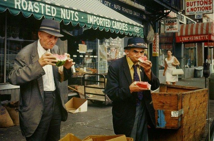 New York City, 1981. Photograph by Helen Levitt