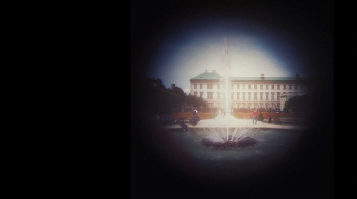 Image of a fountain captured with a pinhole camera