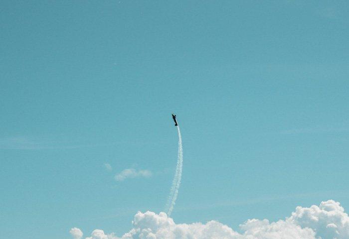A plane performing aerial tricks