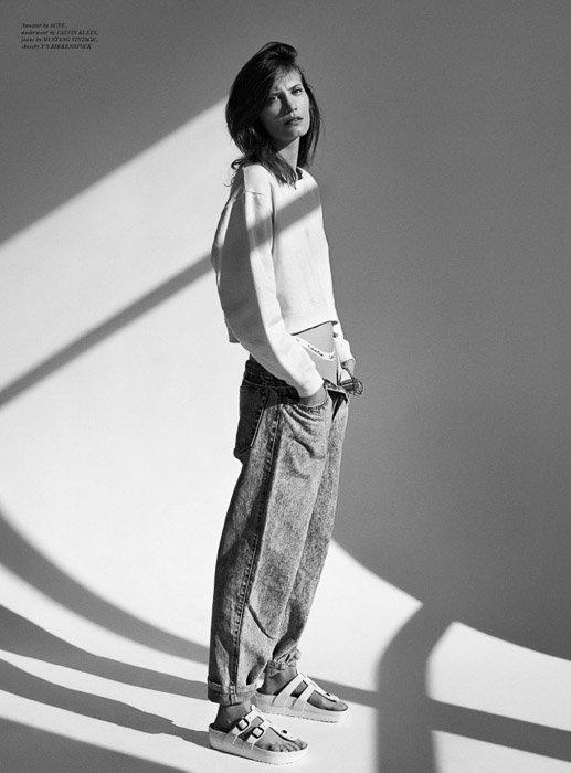 A striking black and white portrait of a female model - fashion photography inspiration by Annemarieke van Drimmelen