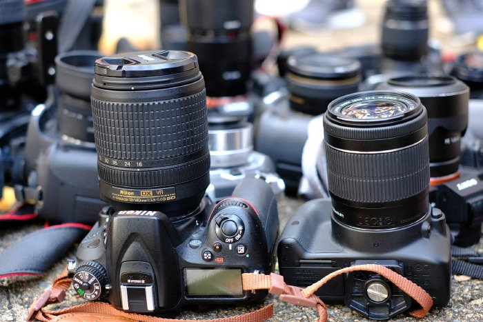 A range of DSLR camera and lens to take pictures of whales