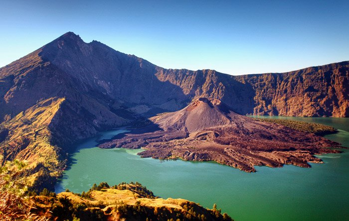 Stunning shot of Mount Rinjani in Indonesia-volcano and lava photography
