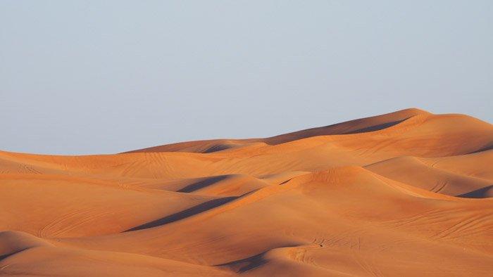 a beautiful desert landscape - stunning landscape photos
