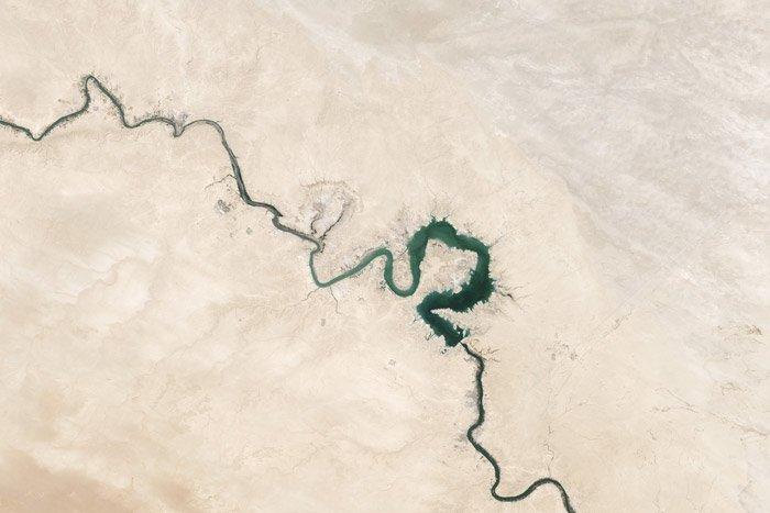 a beautiful aerial landscape - stunning landscape photos