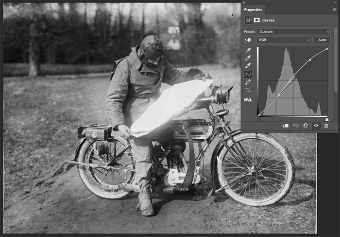 A screenshot showing how to restore old photos in Photoshop