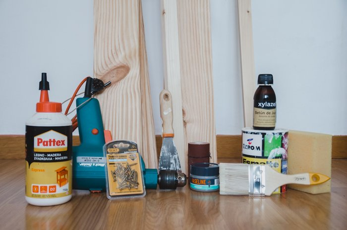 materials for making a DIY wood backdrop for photos