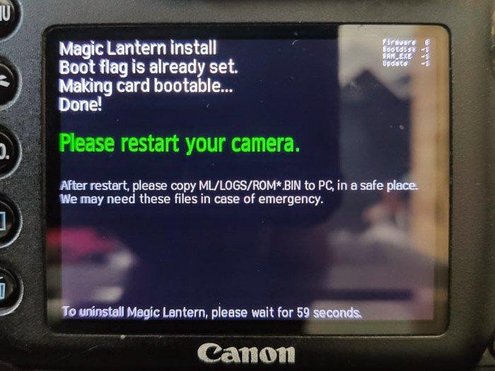 a Canon DSLR screen installing magic lantern software
