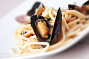 Photo of a plate of spaghetti with clams