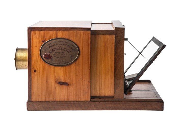 Discovered Daguerreotype camera (oldest camera ever)