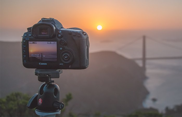 A Canon 5D MkIII on a tripod