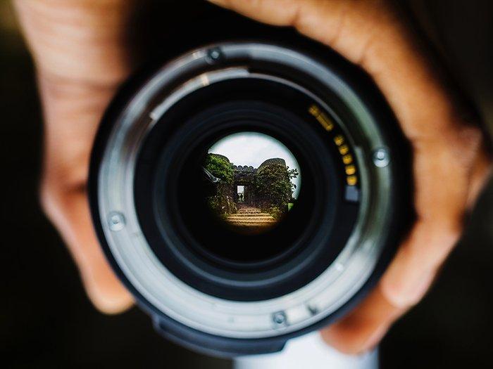透镜的特写镜头照片