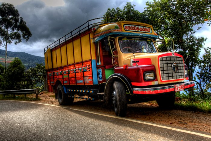 HDR photo of a colorful bus