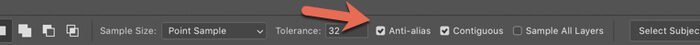 A red arrow pointing to the Anti Alias selection on Photoshop options bar