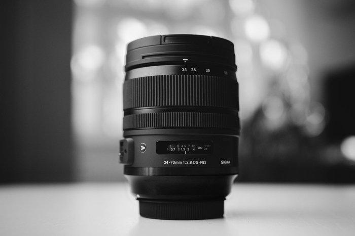 24 - 70 mm镜头