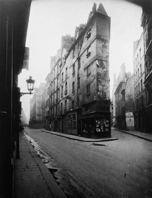 Paris street scene. Photo by Eugene Atget.