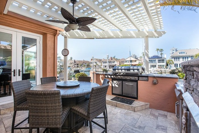 photo of a bright terrace with a panoramic view