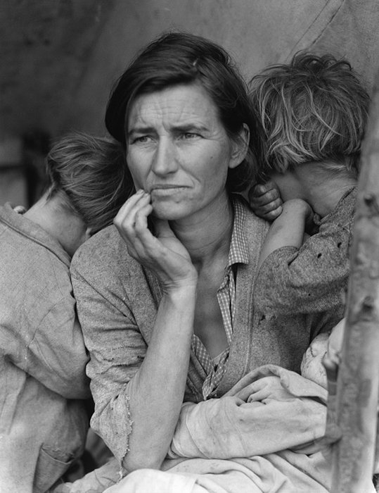 Dorothea Lange's most famous images. Migrant mother, Nipomo, California. Taken in 1936.