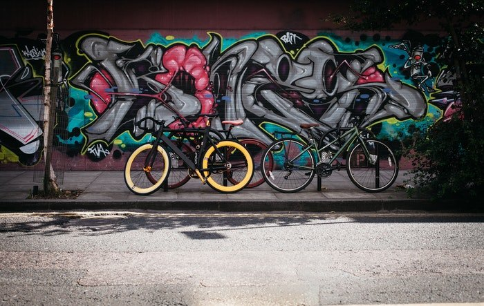 Example of street photography with grafiti and bikes