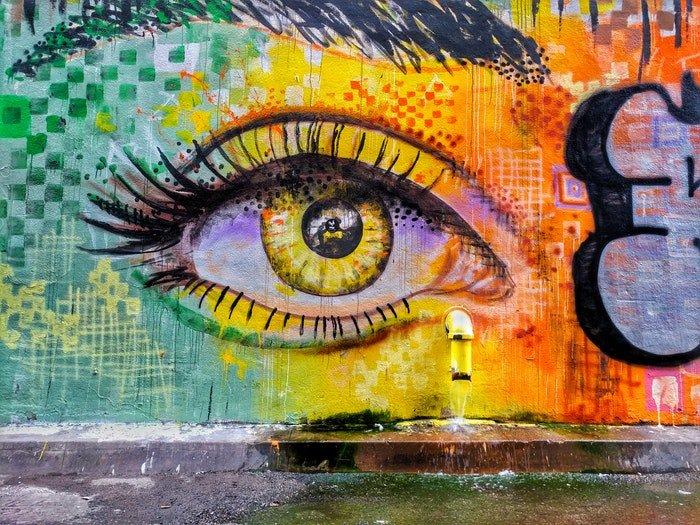 An eye graffiti on a wall